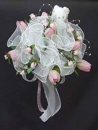 hello kitty wedding bouquet